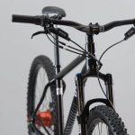 Banco FLO de SVO Bikes, de face