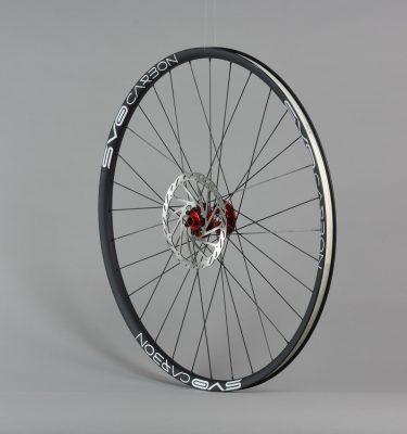 roue 29 avant carbon moyeu rouge